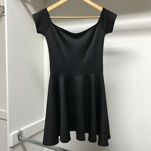 Dresses & Skirts - Black off the shoulder skater dress