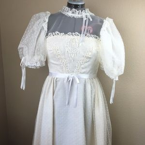 Vintage 1970's wedding dress