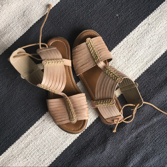13cc76d339c9 Kenneth Cole Reaction Shoes - Kenneth Cole Reaction gladiators sandals.