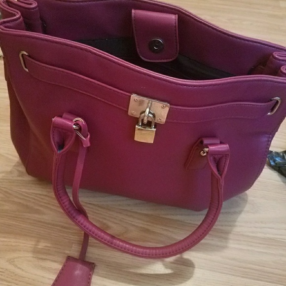 Ashro purse
