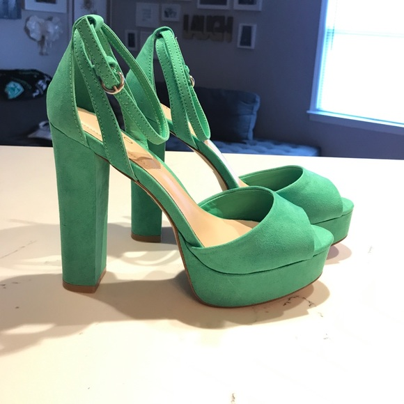 646bdd60222 Green platform sandals
