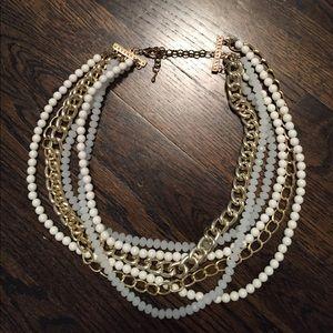 Jewelry - 💖Chunky statement necklace