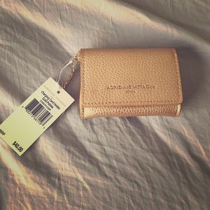 Adrienne vittadini charging card holder