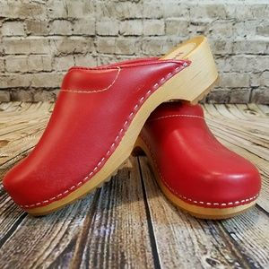 NEW Buxa Swedish Clogs Design Red Clogs