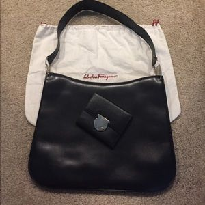 Ferragamo Bags - Salvatore Ferragamo Black Leather Tote Purse 7c4037d15fd13