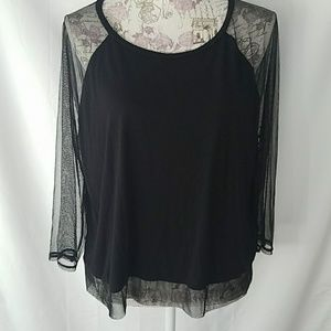 American Eagle Outfitter sheer sleeves and hem top