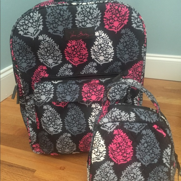 73ef079329 Authentic Vera Bradley roller backpack   lunch box.  M 5977a95a56b2d62521000098