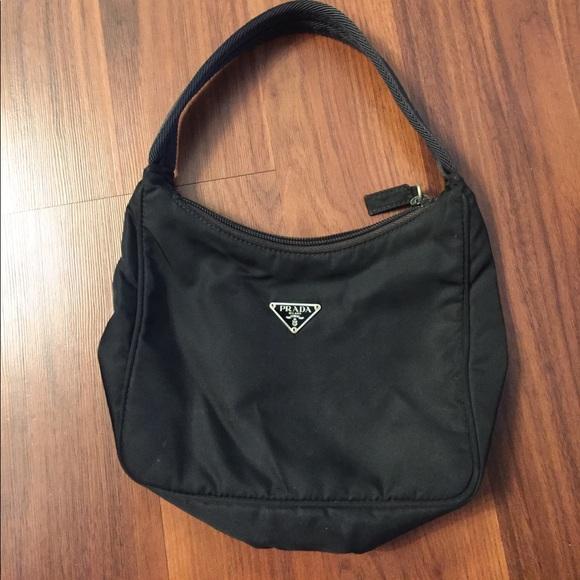 2e5e3b0caca3 Vintage 90's Prada Tessuto Nylon Mini. M_5977b621c6c795bf06003bef. Other  Bags ...