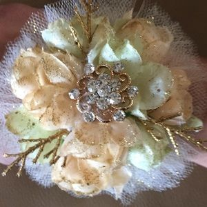 Jewelry - Ivory and gold custom made wrist corsage