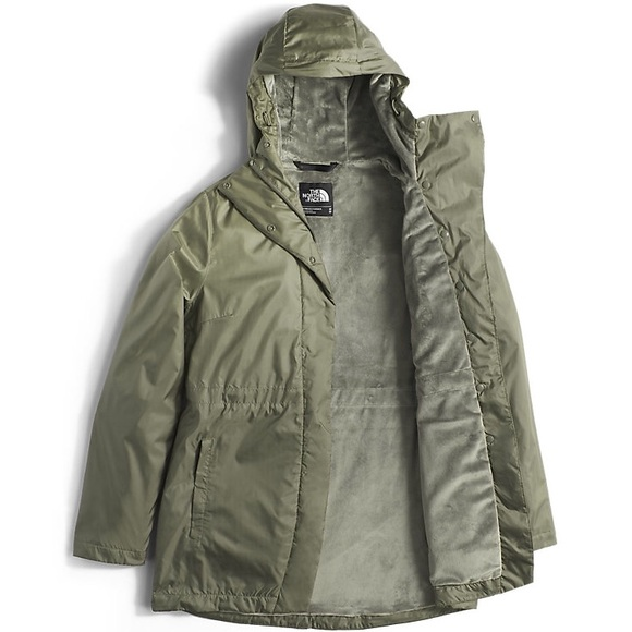 4257a3b50 North Face Rissy Pitaya Wind Resistant Parka