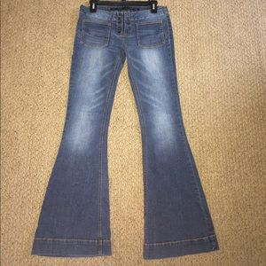 Tinseltown Flare jeans. Size 5/6