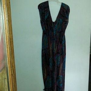Dresses & Skirts - Plus Size 2x Multicolored Stretchy Maxi dress.