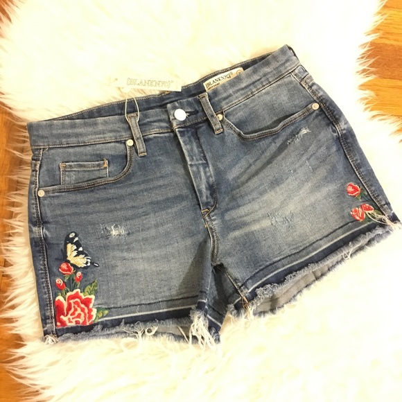 Blank NYC Shorts - • NWT Blank NYC denim embroidered shorts size 29•