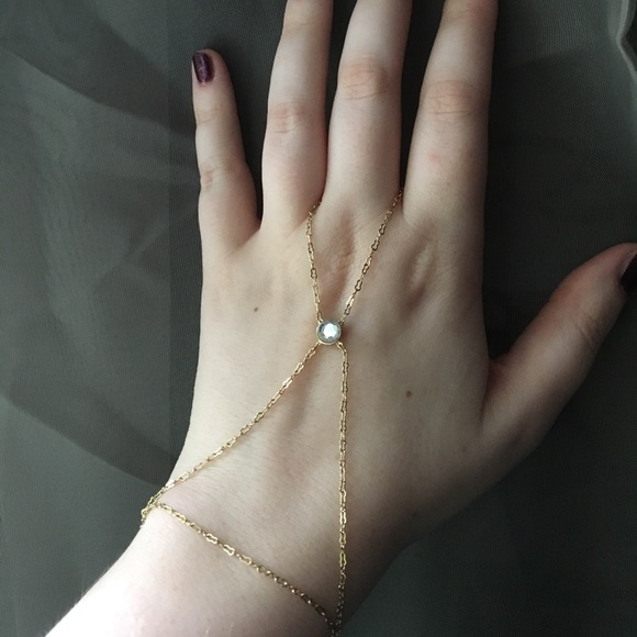 Jewelmint hand chain