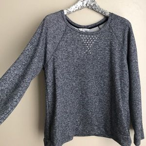 Navy pull over