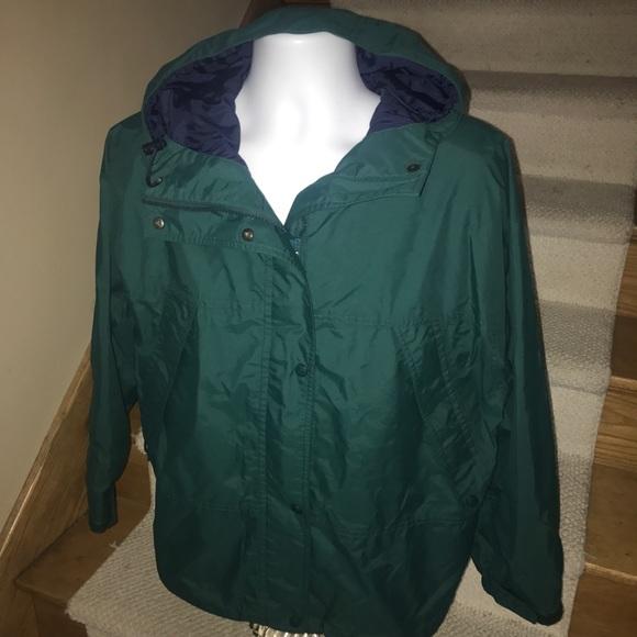 10d5fa39d3c6 Eddie Bauer Jackets   Blazers - Eddie Bauer  Gore-Tex  women s hooded rain