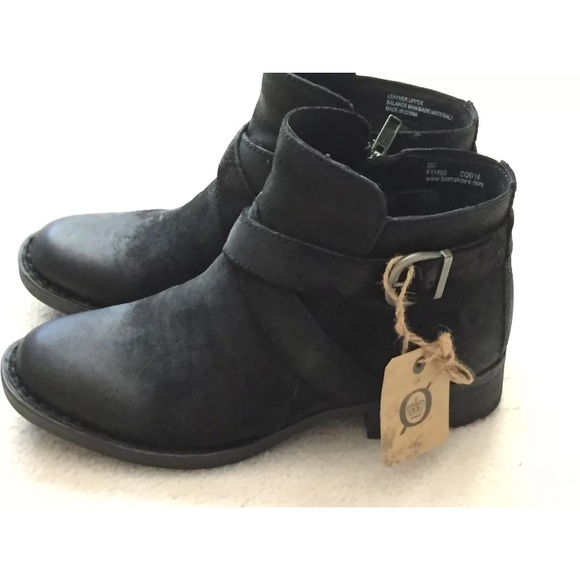 Born trinculo black suede ankle boots 6 NTW