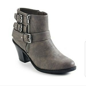 Ruff Hewn Dikson booties NEW WITH PRICE TAG!