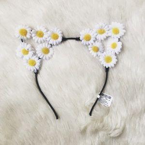 Accessories - NWT Daisy Cat Ears Headband / Flower