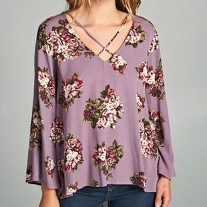 NWT STACCATO PURPLE FLORAL V Cross Over Neck Top