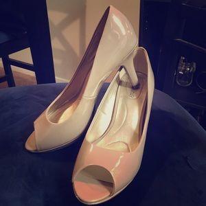 Shoes - Size 9 nude peep toe heels