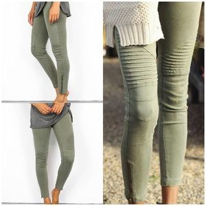 Denim - 🔥NEW!🔥Vici piper moto skinny jeans in olive