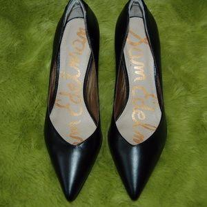Sam Edelman Black Pointed Pumps Heels size 10