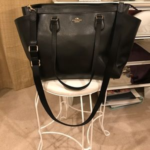 BRAND NEW COACH TRAVEL TOTE! 12 IN by 19 IN