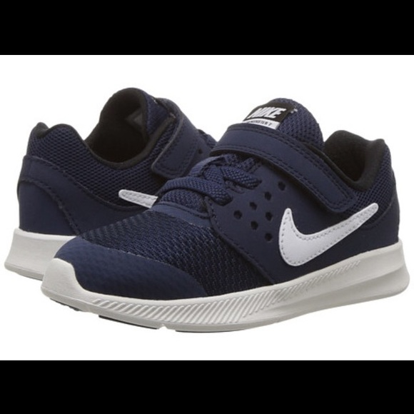NWOB Nike Downshifter 7 Toddler 9C Navy & White