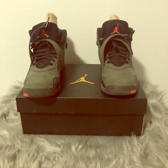 fae28b0fc92 Air Jordan Shoes - Size 6.5y - Air Jordan 8 Retro BG