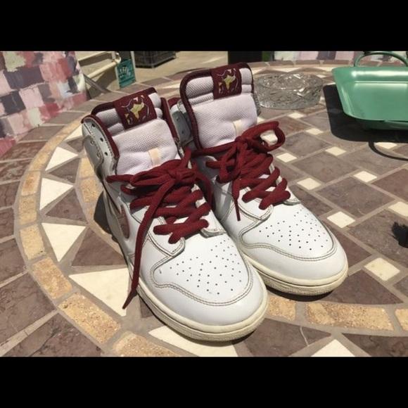 purchase cheap 28e1a 8fe64 Nike Dunk SB Hi Mafia pack. M 5978246dc6c7950a9b010f7b