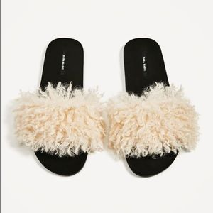 ad147cba9c9 Zara Shoes - Zara faux fur slides
