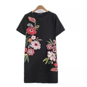 NWT black flower appliqué dress