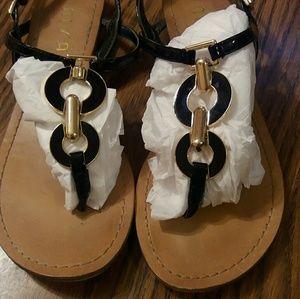 Unisa leather sandal black and gold 7.5