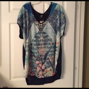 Bobeau Plus Size Top in Shades of Blue