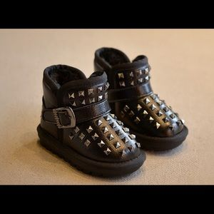 timeless design 375b5 28a1e Other - Gothic baby boots