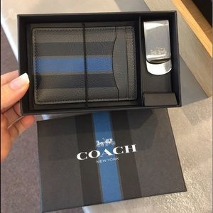 030fbe99eb625 Coach Accessories - NEW COACH Mens Leather 3 in 1 Card Case Gift Set
