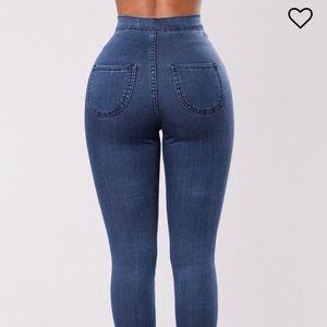 "Fashion Nova ""Squat Up"" Jeans (medium blue)"