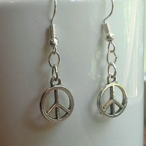 ☮ Peace Sign Charm Silver Tone Earrings