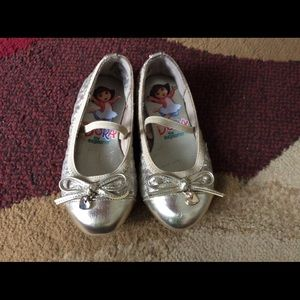 Other - Baby Girl dress shoes size 6