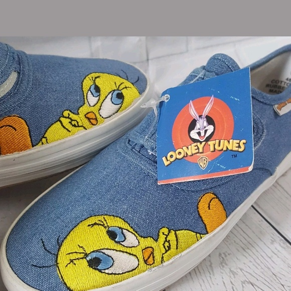 Womens Looney Tunes Tweety Bird  Blue Denim Shoes size 7.5