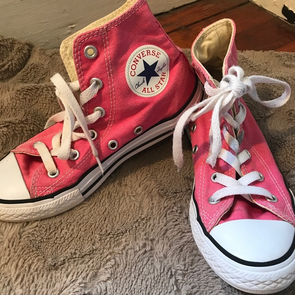 e94d753e9327 Converse Other - Little girls pink chuck high tops- size kids 1