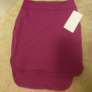 NWT Lululemon City Skirt in Regal Plum color