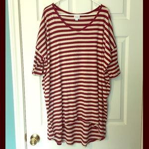 LuLaRoe VNECK Striped Irma 2X Burgundy Cream