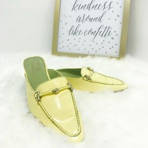 Cole Haan Válida Patent Leather Yellow Mules 6B