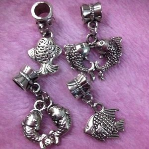 Jewelry - Assorted fish dangle charm set