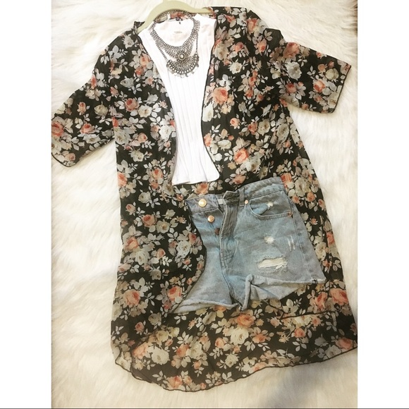 Sweaters - Black Floral Cardigan