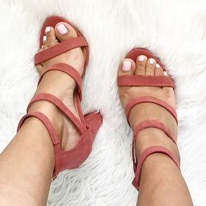 Shoes - •SALE• Dusty Rose Strap Heels