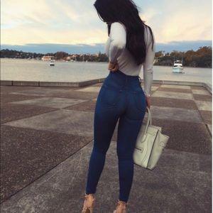 Fashion nova jeans size 9 W28