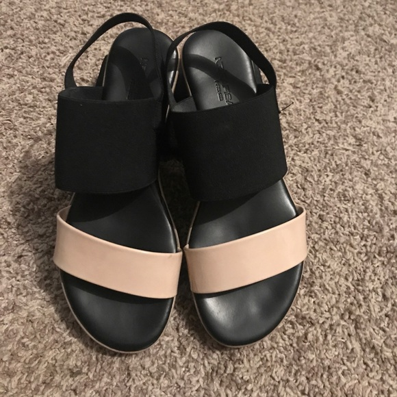 2baecd878a7b26 nr rapisardi Shoes - NR Rapisardi size 6   1 2 Sandal